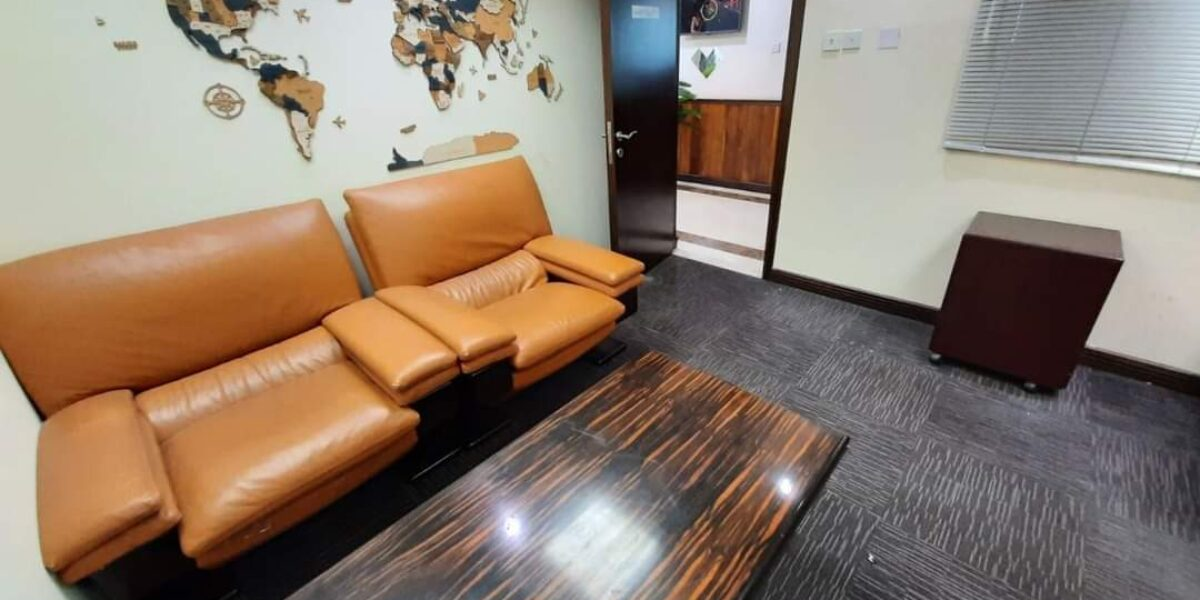 Great location with great services office space for lease