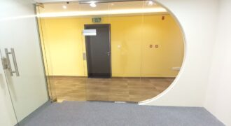 Luxurious spacious fitted office unit for lease in Prestige Tower 17
